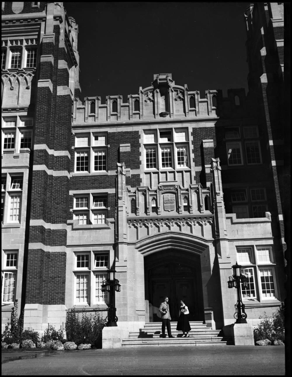 The main entrance of Heritage Hall (now part of SAIT campus) at the start of the 1954 fall term at the Calgary branch of the University of Alberta