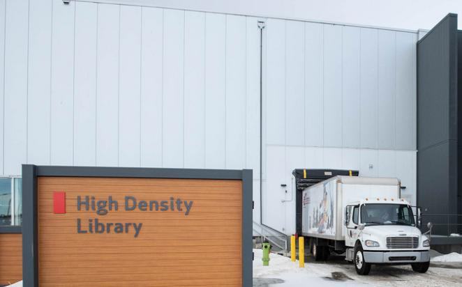 The first shipment of Glenbow materials arrives at the University of Calgary's High Density Library.