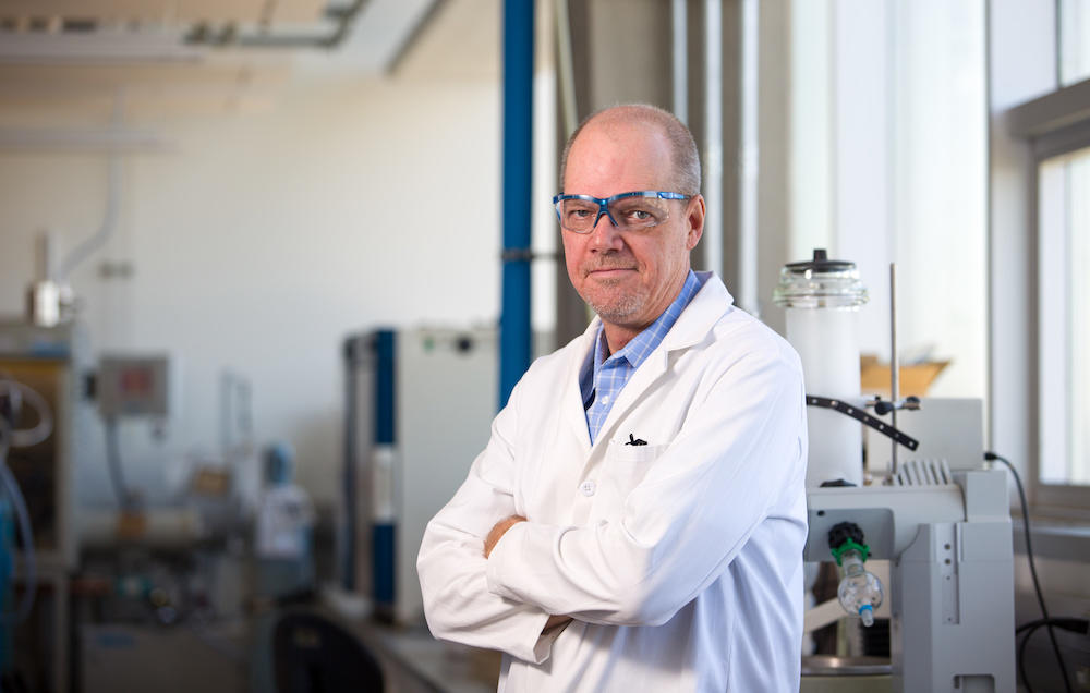 Warren Piers, professor, Department of Chemistry, Faculty of Science, has received a prestigious Killam Annual Professor award.