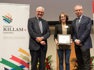 Killam Predoctoral Laureate Nicole Mancini, Gastrointestinal Sciences, with Killam Trustee Kevin Lynch (left) and Dr. Ed McCauley, vice-president (research)